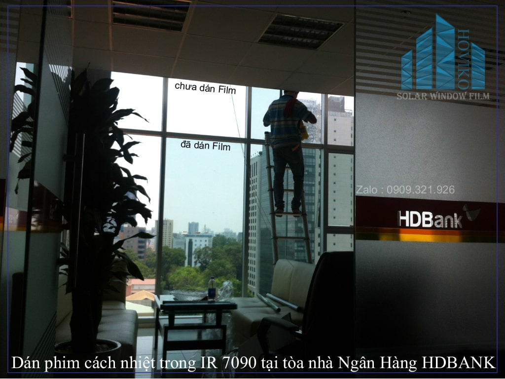 dán phim cách nhiệt IR7090 tại tòa nhà ngân hàng HDBank Quận 1