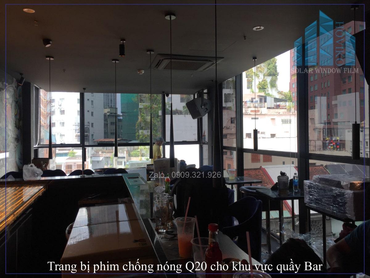 Trang bị phim chống nóng Q20 cho khu vực quầy Bar